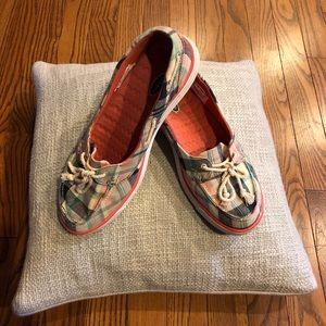Dr. Scholl's plaid boat shoes